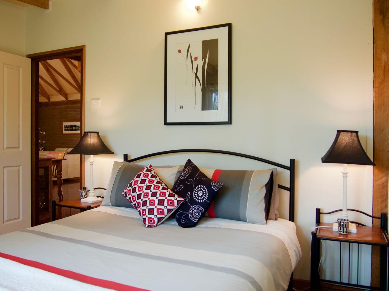 Lyrebird Lodge Tilba Accommodation