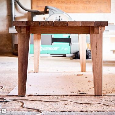 Table en chêne vieilli
