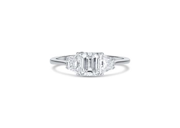 Three Stones ring - טבעת שְׁלֹשׁ האבנים