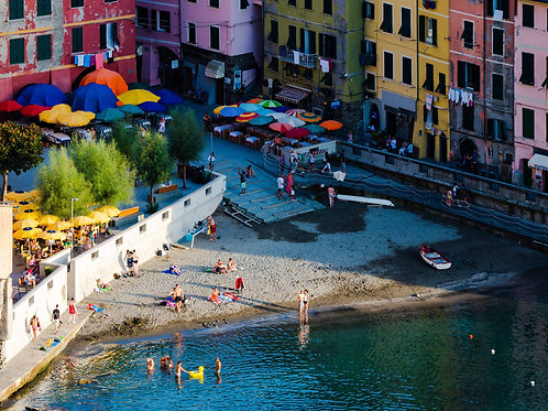 Afternoon Swims: Vernazza