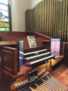 taunton organ picture.jpg