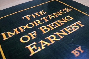Picture of 'The Importance of Being Earnest' cover