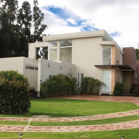 Diseño y construcción Casa Chía Exterior