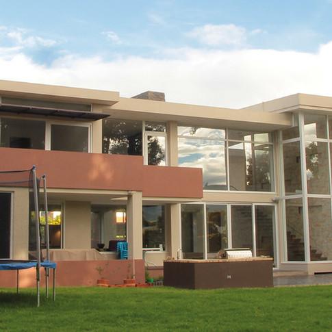Diseño y construcción Casa Chía Jardín exterior