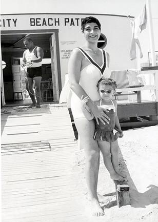 Chicken Bone Beach [Life Guard, Marshall Wood aka Beetle]_036.jpg