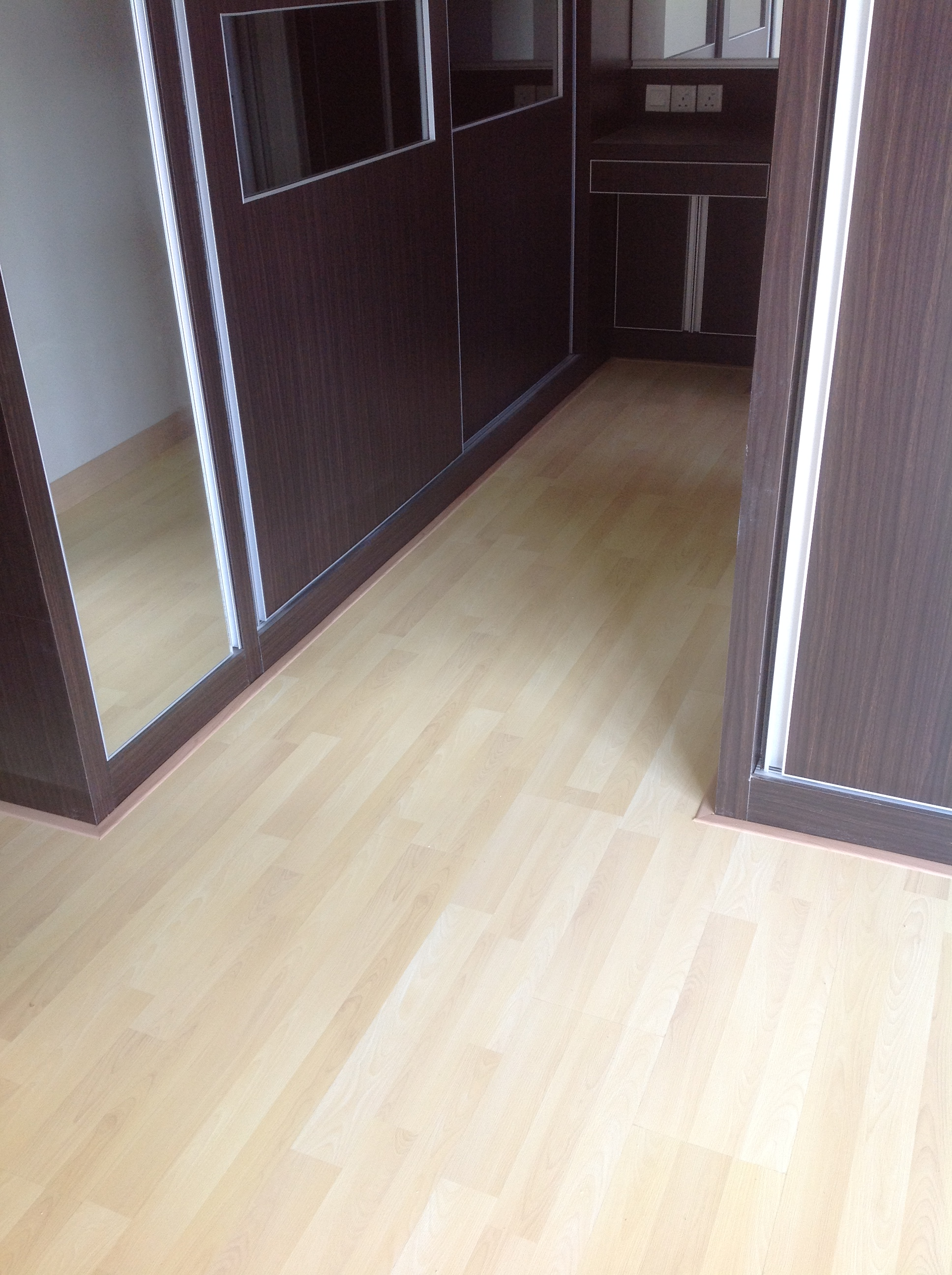 8mm Premium Laminate Floor