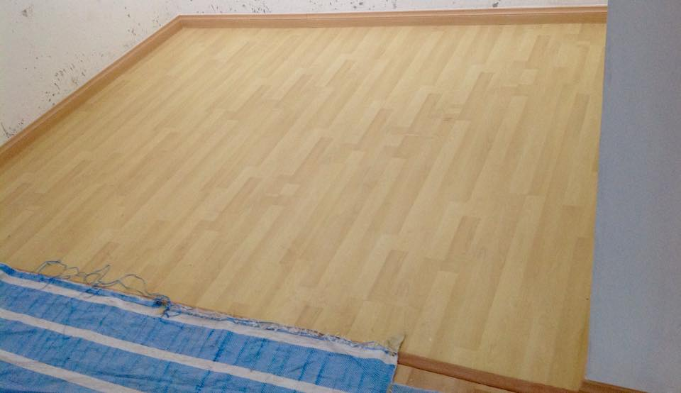 8mm Maple Laminate Flooring