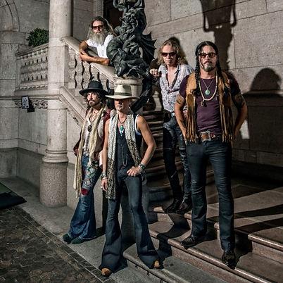 Electric Boys band 1-1_500.jpg