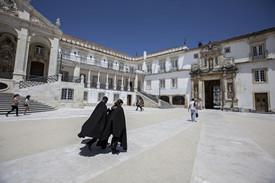 Como estudar na faculdade de direito de Coimbra com a nota do enem?