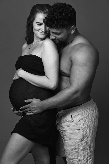 Babybauch-Shooting in Köln | Dein Fotoshooting bei Portrait-Fotograf Thomas Wunderer | Babybauchfotos und Schwangerschafts-Bilder