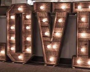 Wooden love lights