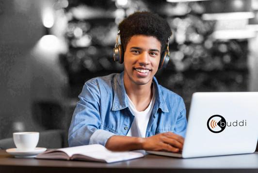 Final-cheerful-teen-guy-with-headset-wor