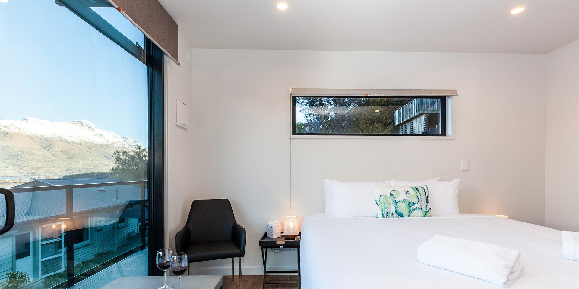 Interior bedroom, deck, view