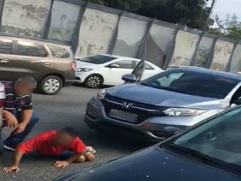 Motorista é feito refém durante roubo de carga na Linha Vermelha