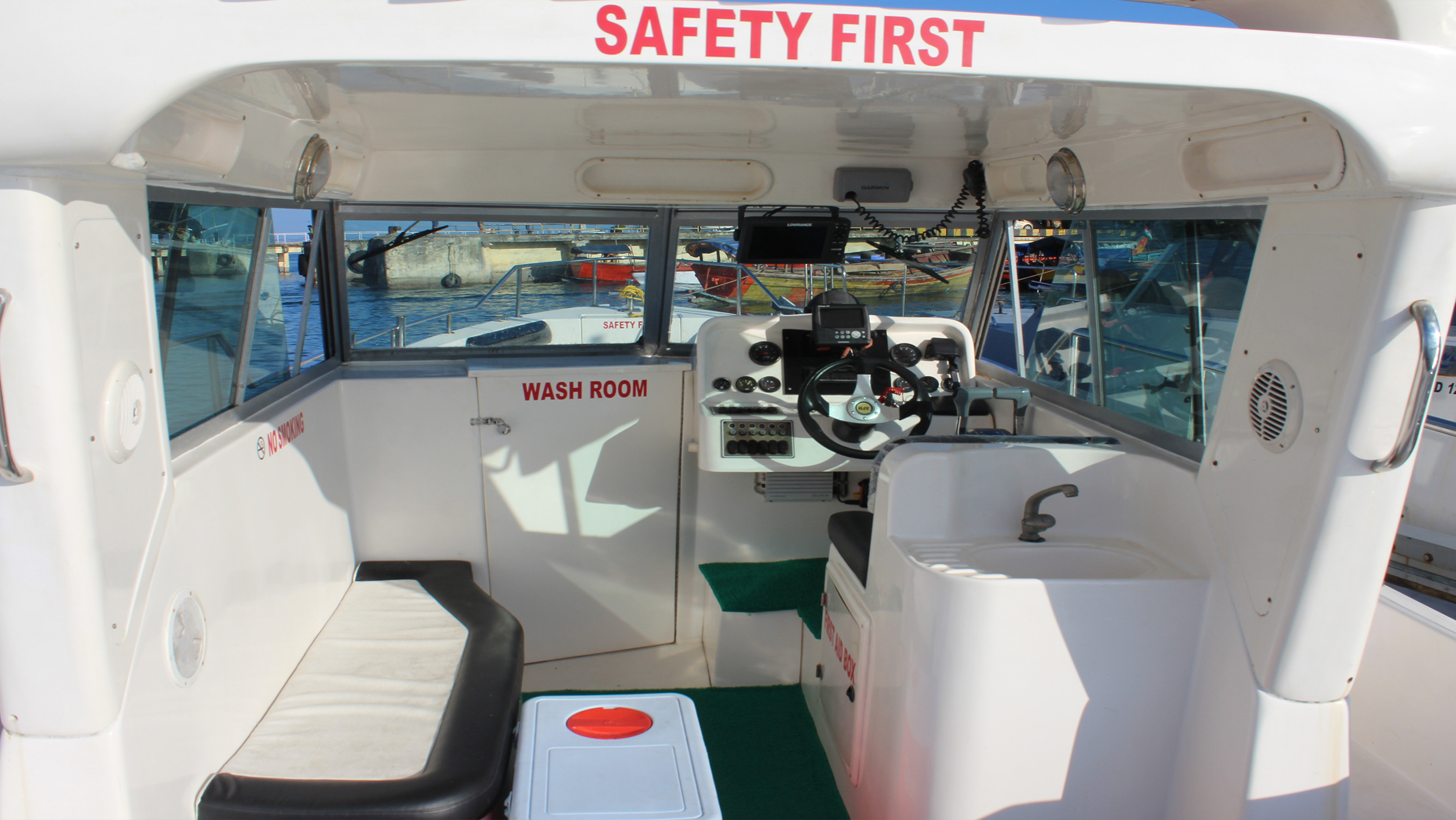MFV Caiman fishing boat in india Interior