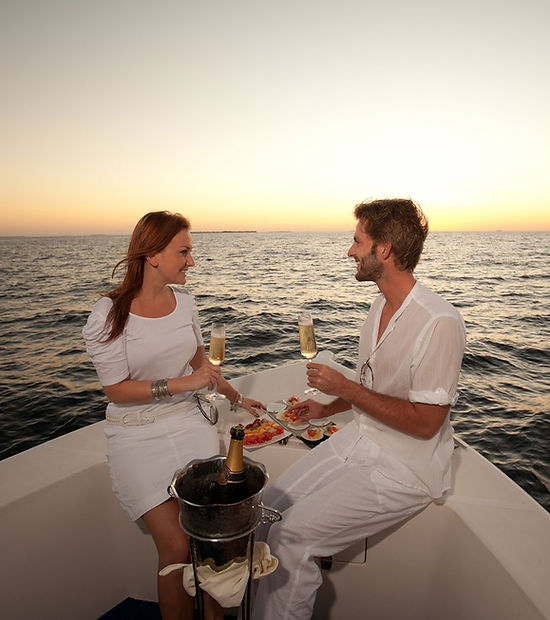 candle light dinner on boat.jpg