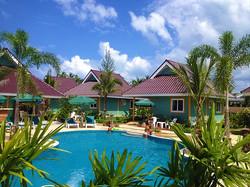 Coconut Homes Garten und Pool