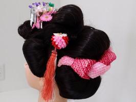 日本髪。昔ながらのヘアスタイルも素敵です。