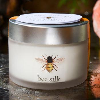 Bee Silk Moisturizing Cream