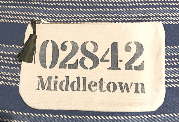 Middletown Zip Tassel Pouch