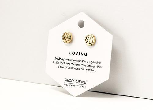 Loving Earrings Gold