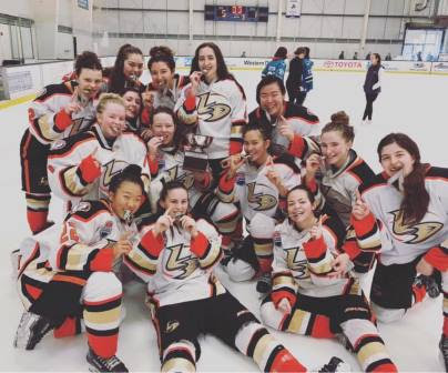 Lady Ducks 16AAA beat North Shore Avalanche 5-1 to win the Championships at Jr. Sharks MLK Tournament.