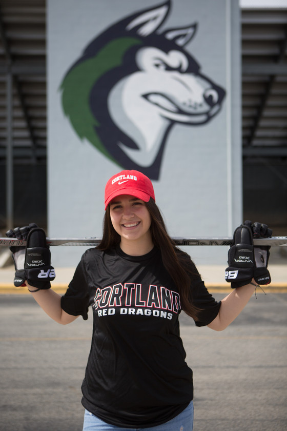 Lindsay Reyes Commits to Cortland