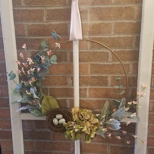 Green hydrangea w/nest wreath