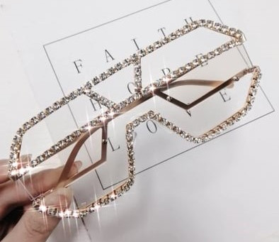 Show Off Your Style With Chic Sunglasses