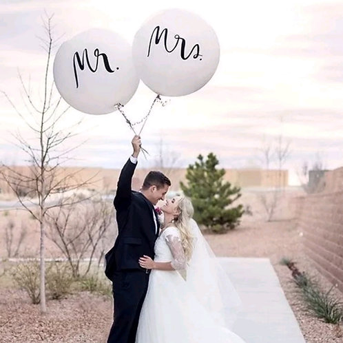 Mr and Mrs Giant Latex Balloon 60cm
