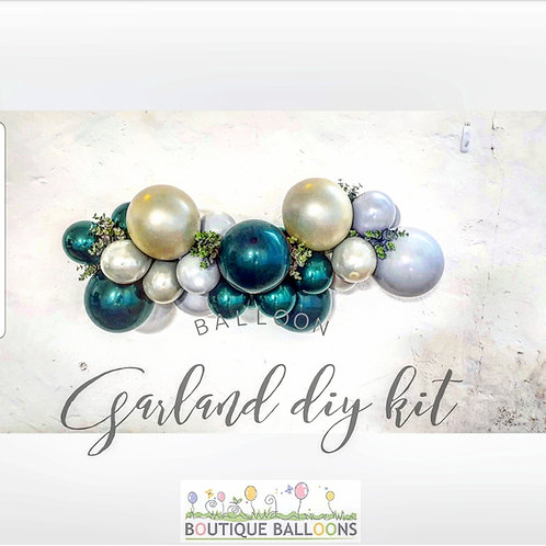 Balloon Garland DIY Kit - Green, Ivory, Grey
