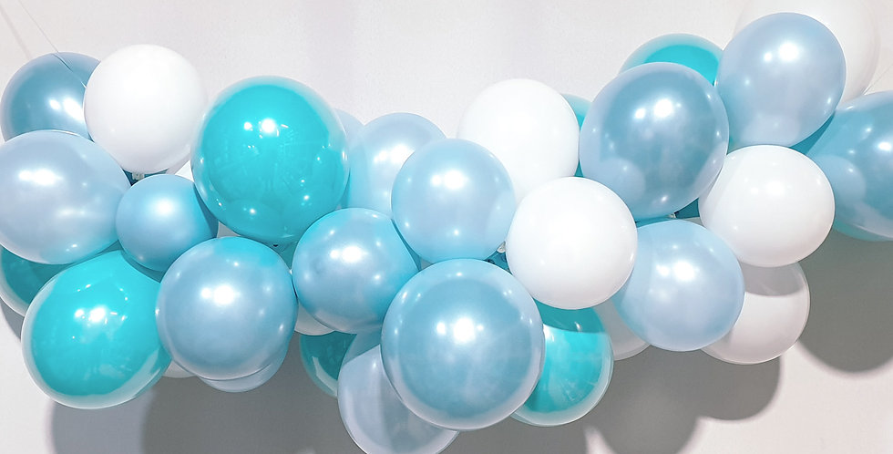 Balloon Garland DIY Kit - Cool Blue