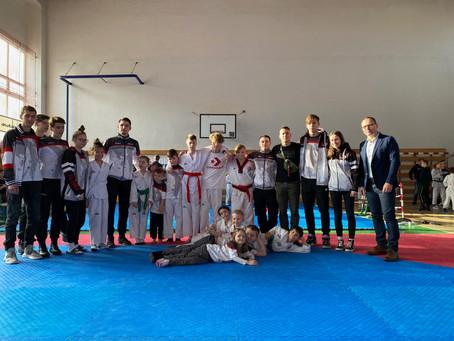 Falcon Cup 2020 - ŠKP Ilyo TKD Košice bodovalo aj v kyorugi aj v poomsae