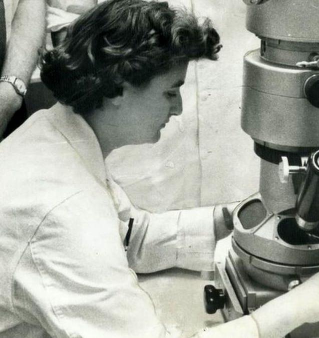 Koronavirüs'ü keşfeden kadın.