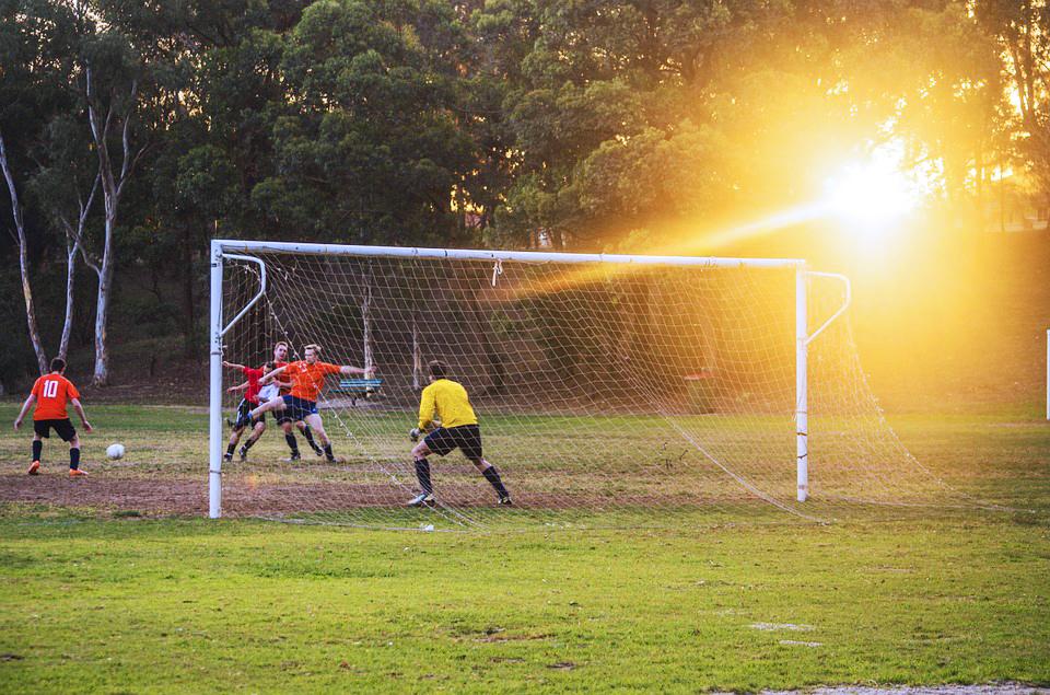 Lokal fodbold får hjælp af Brillerie