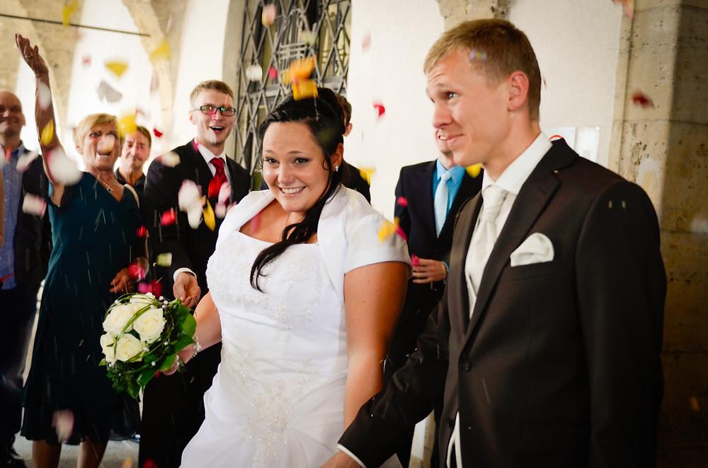 Hochzeitspaar Standesamt Jena Blütenmeer