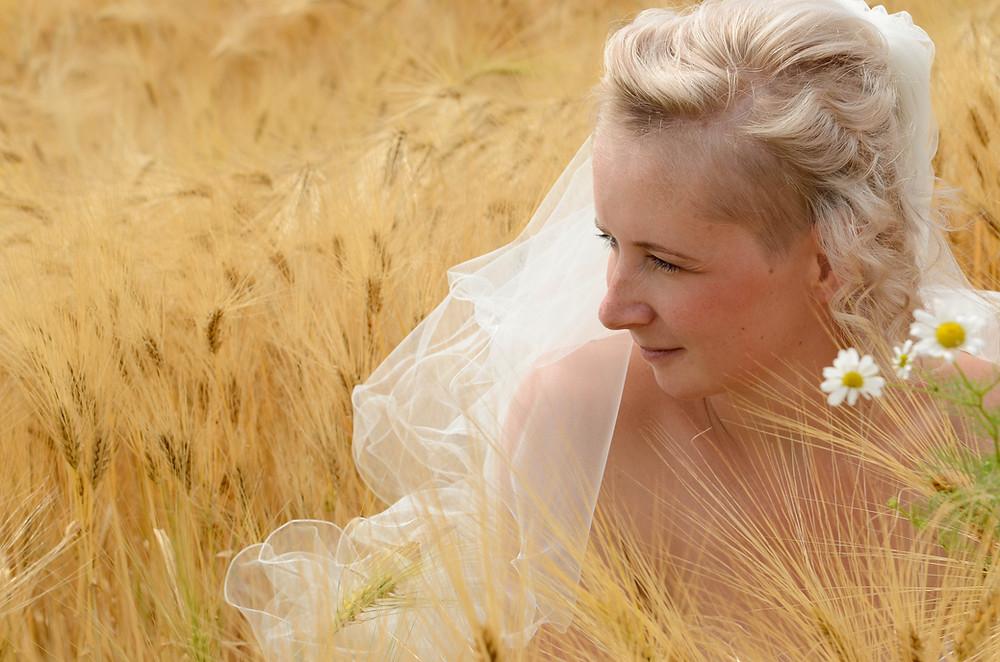 Braut Foto Getreidefeld Hochzeitsfoto
