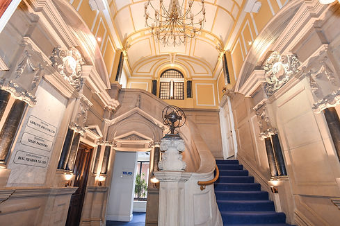 Admiral House Windsor entrance hall