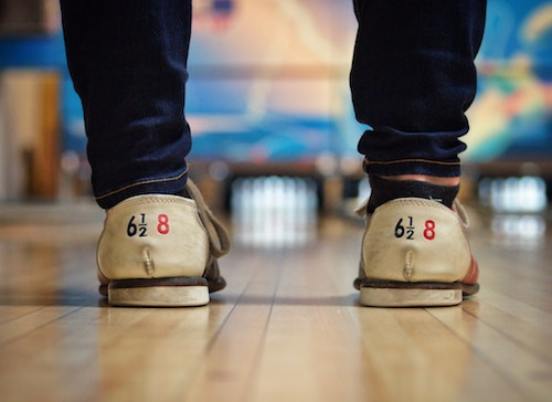 Dating in Batavia | BOWLING + BETS