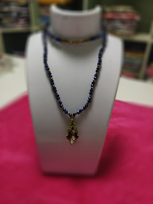 BLUE WEIGHTLESS BEADED NECK CHAIN