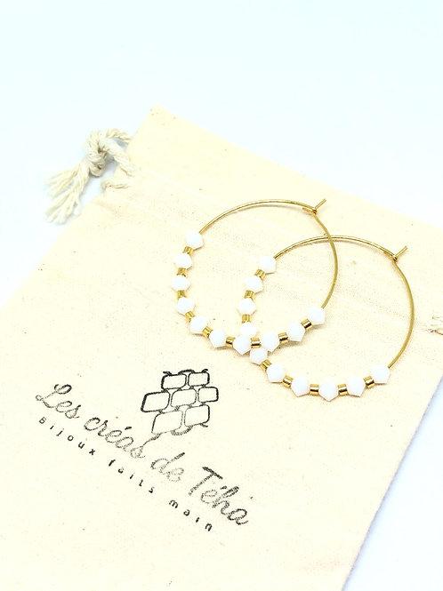 Créoles acier inoxydable perles swarovski blanches et perles en plaqué or