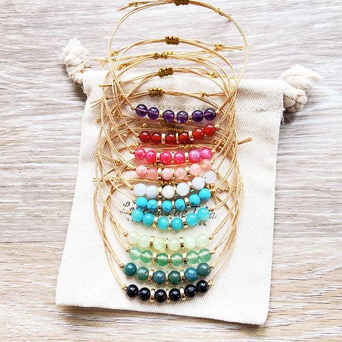 Bracelet Ofa'i en pierres naturelles et perles dorées à l'or fin