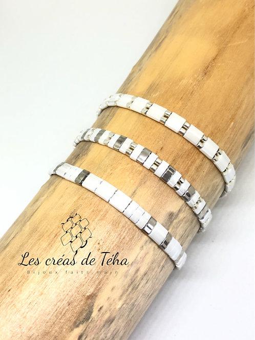 Bracelet fin blanc et argent