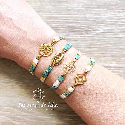 Bracelet Summer blanc, turquoise et doré en perles de verre
