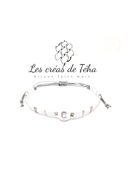 Bracelet personnalisable perle lettre argenté