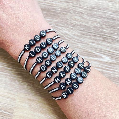 Bracelet modèle I'oa mot noir et blanc