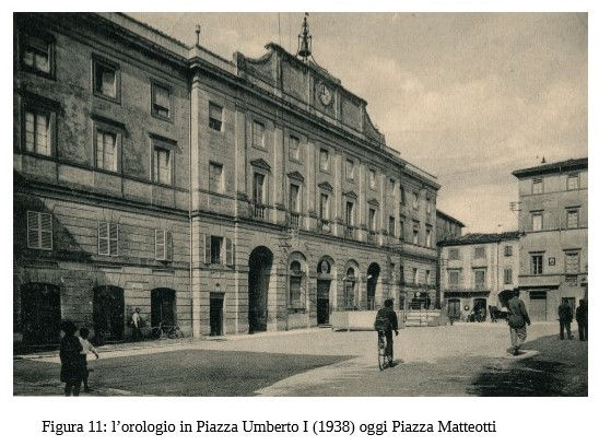 1A11 Orologio di Piazza Matteotti.jpg