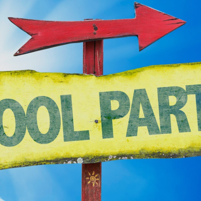 Members Only Pool Party!