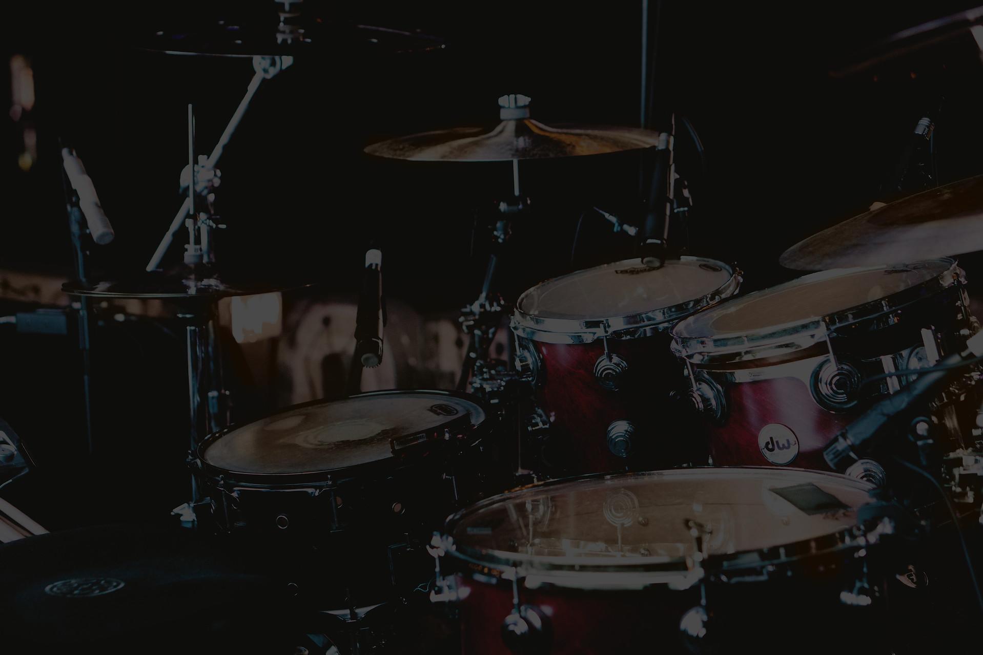 Drum%20Set_edited.jpg