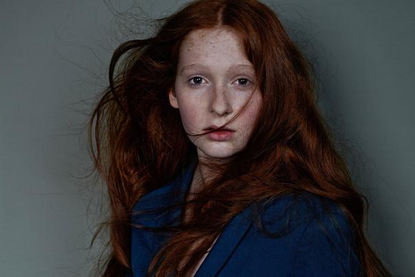 red girl 01.jpg
